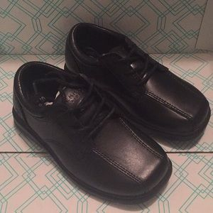 New in Box Sperry Toddler Boys Dress Shoes 8 1/2W